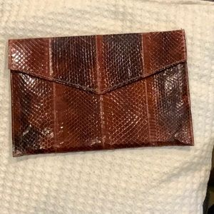 BEAUTIFUL VINTAGE CLUTCH BAG SNAKESKIN